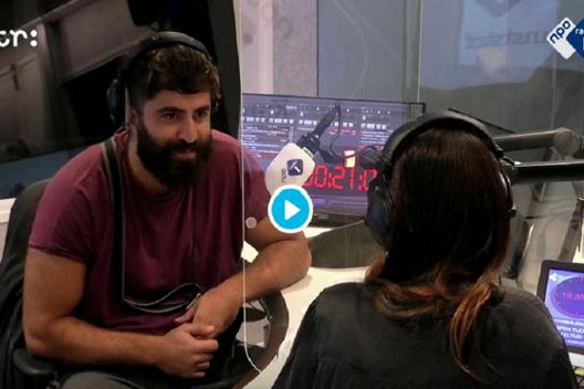 'Succes haalt niet de pijn weg', Saman in Kunststof Radio